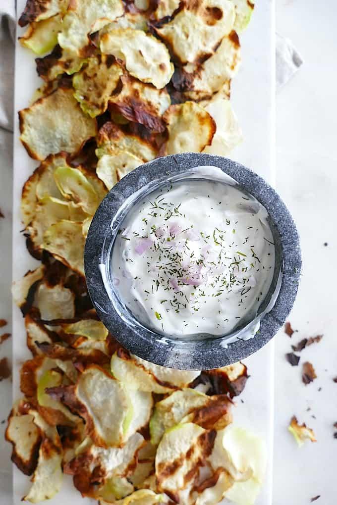 baked kohlrabi chips