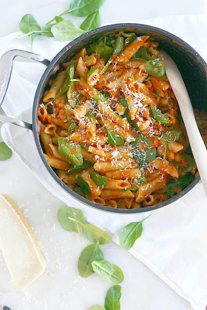 One Pot Pumpkin Tomato Pasta