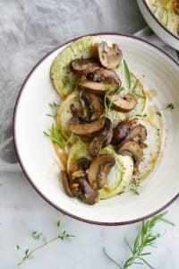 kohlrabi steaks with mushroom sauce